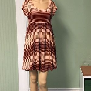 Dresses & Skirts - Work dress in red and pink size small